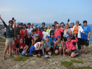 group guided cycling tour